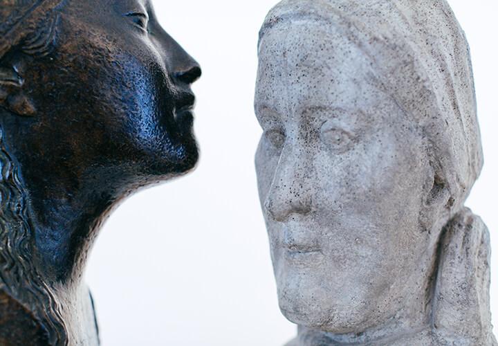 Gerhard Marcks, Porträtbüste Maria Marcks, 1933, Zement, VG Bild-Kunst, Bonn 2016 und Bernhard Hoetger, Lee Hoetger, 1913, Bronze, VG Bild-Kunst, Bonn 2016