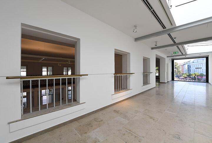 Rechts: Obergeschoss mit Panoramablick