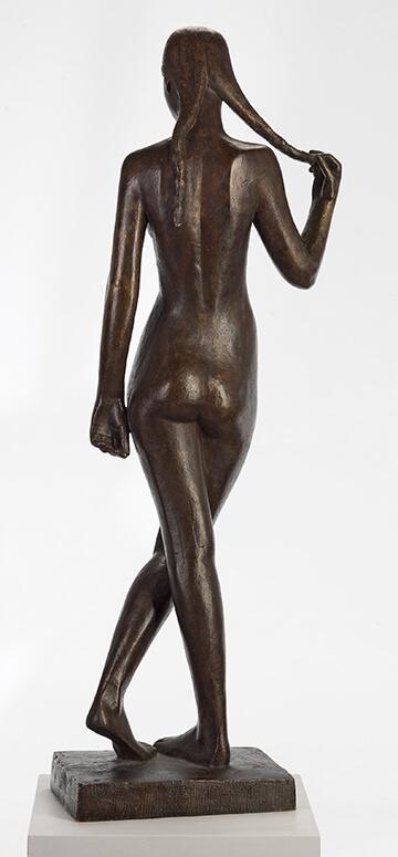Gerhard Marcks, Stehende mit Zopf, 1950, Bronze