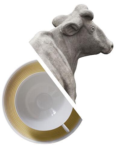 Marguerite Friedlaender, Teetasse Hallesche Form, 1930, Porzellan Gerhard Marcks, Kuh an der Giebichensteinbrücke 1927, Stein, VG Bild Kunst, Bonn 2019