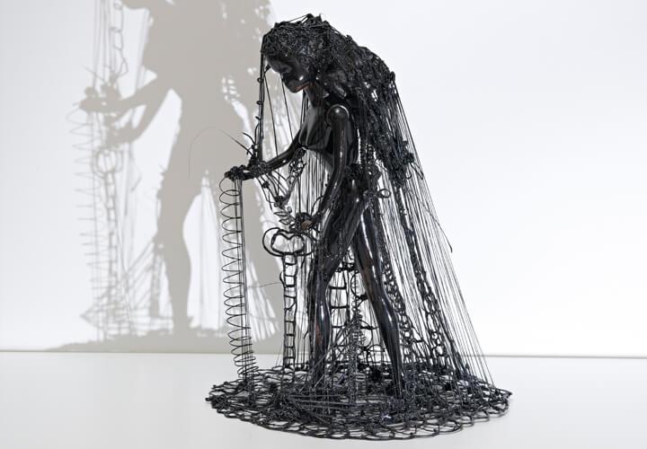 Zipora Rafaelov, Black Beauty, 2018, Kunststoff
