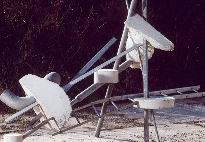 Ruud Kuijer, Ohne Titel, 1997, Stahl und Beton